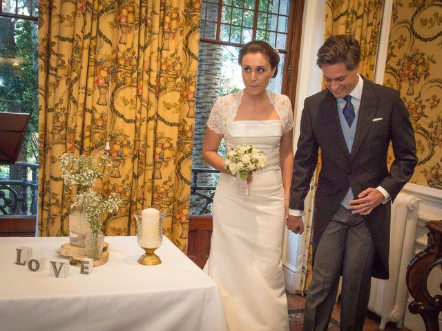 La boda de Manu y Teba en Las Arenas, Vizcaya 24
