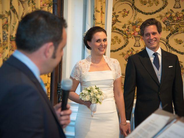 La boda de Manu y Teba en Las Arenas, Vizcaya 28