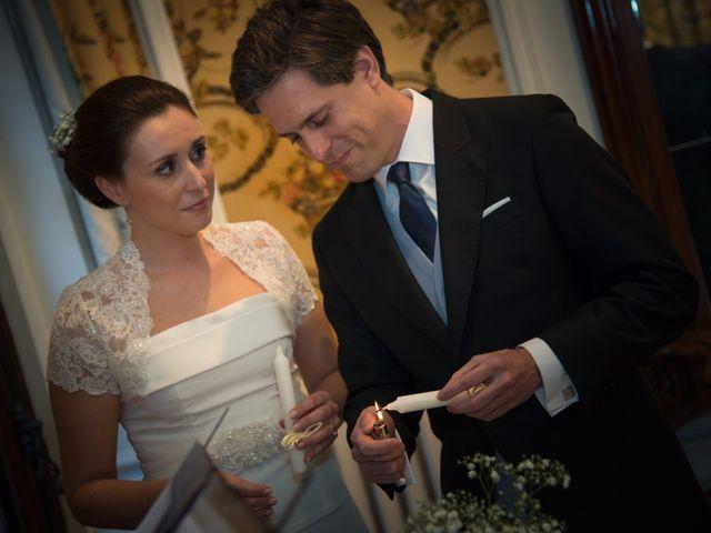 La boda de Manu y Teba en Las Arenas, Vizcaya 33