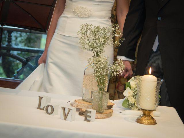 La boda de Manu y Teba en Las Arenas, Vizcaya 34