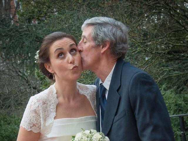 La boda de Manu y Teba en Las Arenas, Vizcaya 42