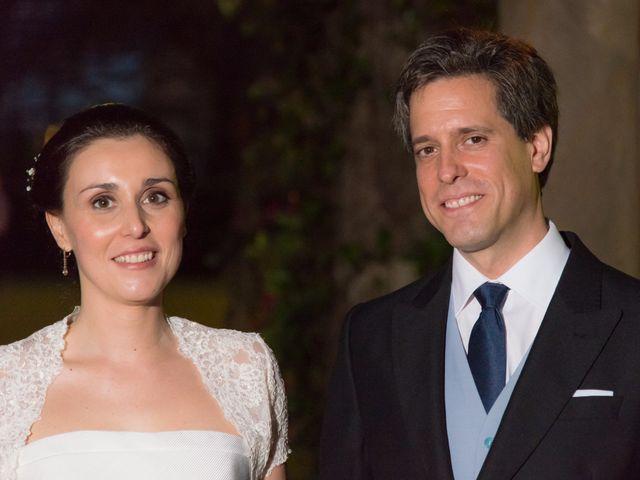 La boda de Manu y Teba en Las Arenas, Vizcaya 53