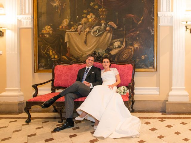 La boda de Manu y Teba en Las Arenas, Vizcaya 58