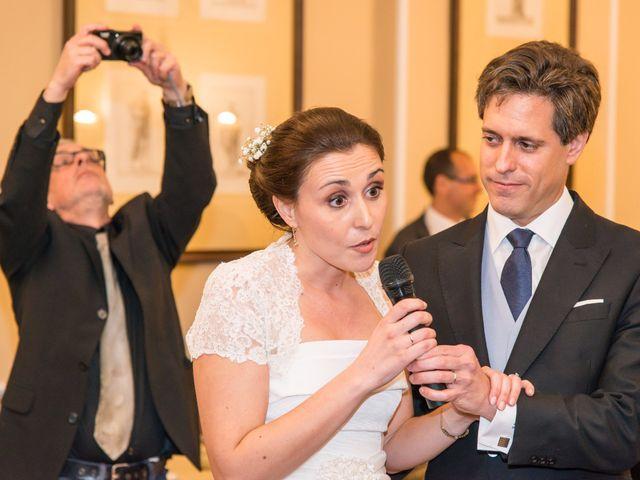La boda de Manu y Teba en Las Arenas, Vizcaya 62