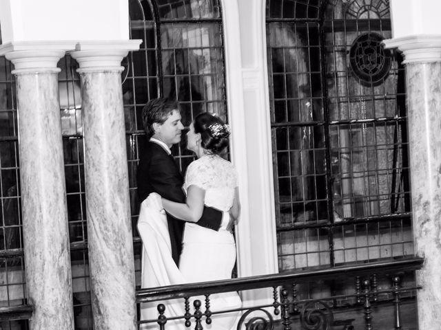 La boda de Manu y Teba en Las Arenas, Vizcaya 63