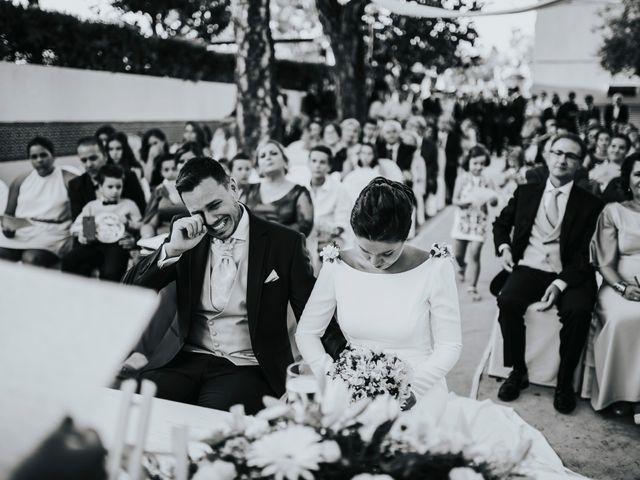 La boda de Jesús y Amparo en Benacazon, Sevilla 24