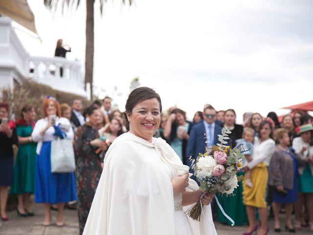 La boda de Jechu y Aida en Gijón, Asturias 17