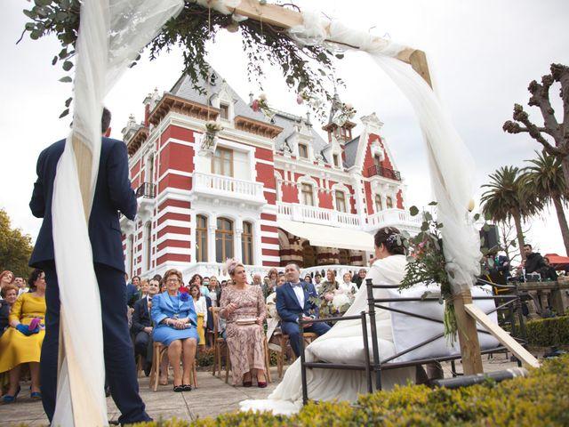 La boda de Jechu y Aida en Gijón, Asturias 19