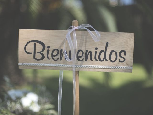 La boda de Paco y Lidia en Miramar, Valencia 33