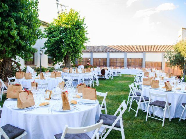 La boda de Juan Carlos y Samantha en Torrijos, Toledo 93