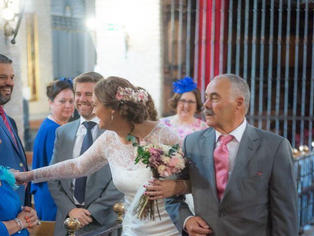 La boda de Roberto y Tamara en La Rinconada, Sevilla 31