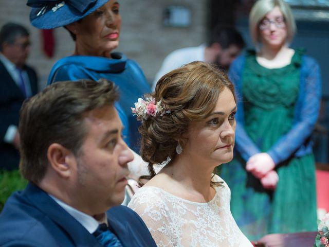 La boda de Roberto y Tamara en La Rinconada, Sevilla 40