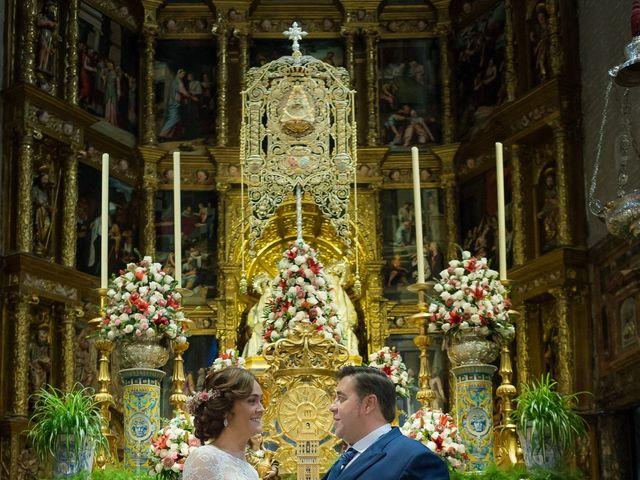 La boda de Roberto y Tamara en La Rinconada, Sevilla 42