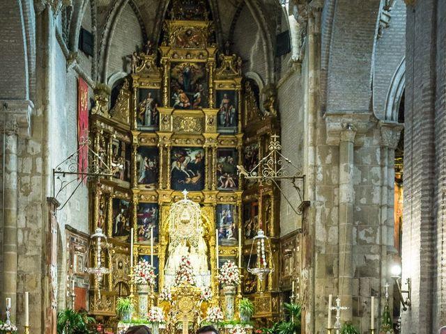 La boda de Roberto y Tamara en La Rinconada, Sevilla 43