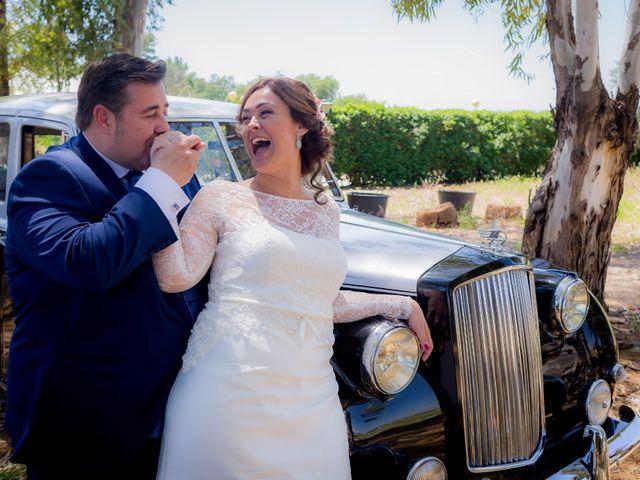 La boda de Roberto y Tamara en La Rinconada, Sevilla 67