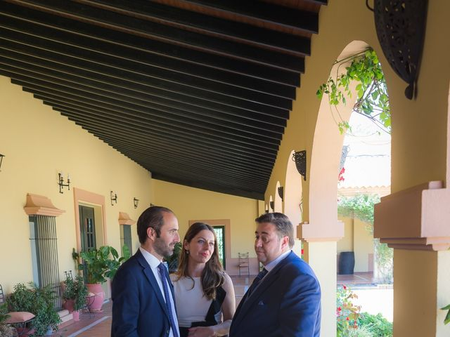 La boda de Roberto y Tamara en La Rinconada, Sevilla 74