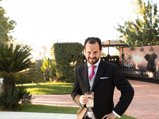 La boda de Tomás y Sheila en Chiva, Valencia 38