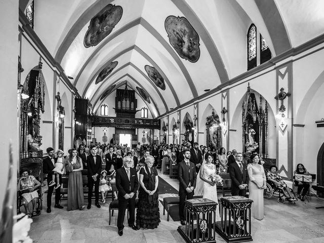 La boda de Jonathan y Belén en Almendralejo, Badajoz 25