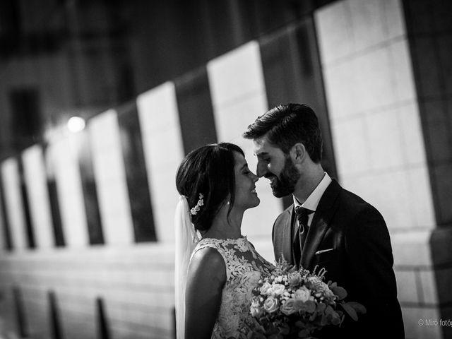 La boda de Jonathan y Belén en Almendralejo, Badajoz 40