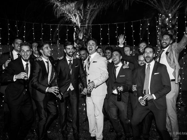 La boda de Jonathan y Belén en Almendralejo, Badajoz 43