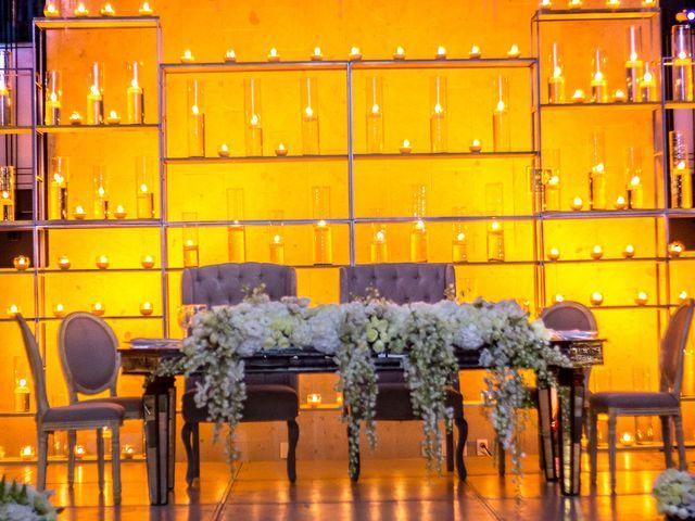 La boda de Alex y Armanda en Torremocha Del Jarama, Madrid 29