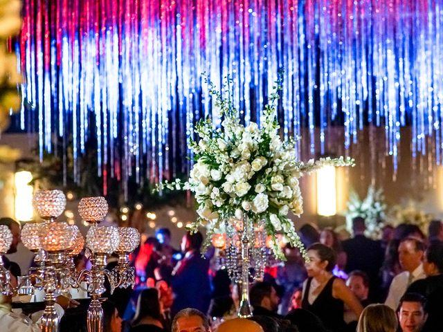 La boda de Alex y Armanda en Torremocha Del Jarama, Madrid 45