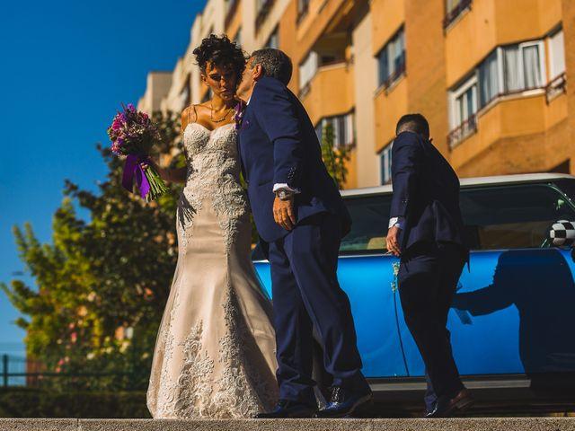 La boda de Víctor y Estela en Simancas, Valladolid 41