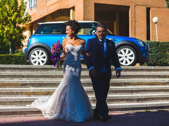 La boda de Víctor y Estela en Simancas, Valladolid 42