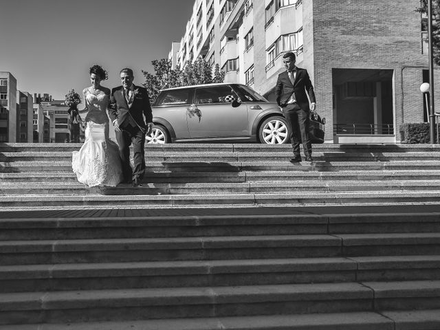 La boda de Víctor y Estela en Simancas, Valladolid 43