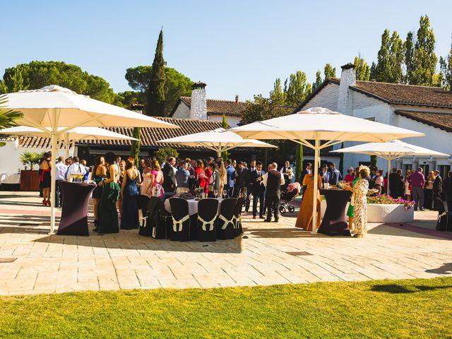 La boda de Víctor y Estela en Simancas, Valladolid 75