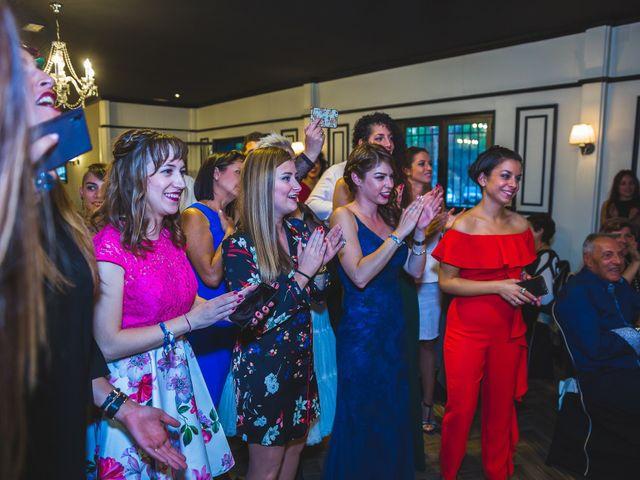 La boda de Víctor y Estela en Simancas, Valladolid 112