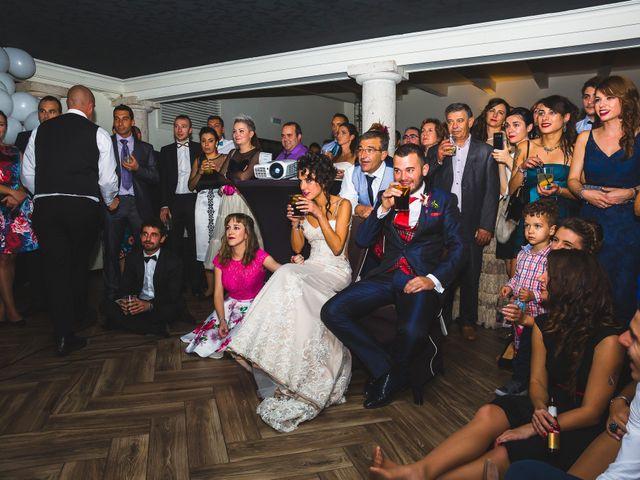 La boda de Víctor y Estela en Simancas, Valladolid 122