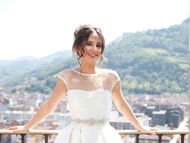 La boda de Nícer y Bárbara en Gijón, Asturias 13