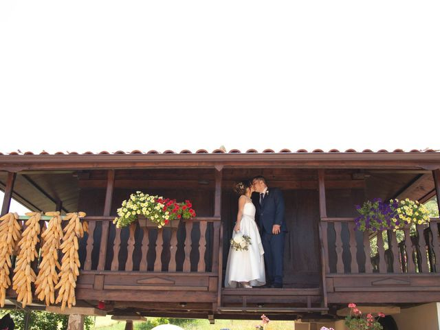 La boda de Nícer y Bárbara en Gijón, Asturias 36