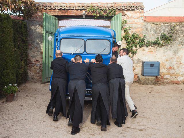 La boda de Juan Manuel  y Joëlle  en Hoyuelos, Segovia 18