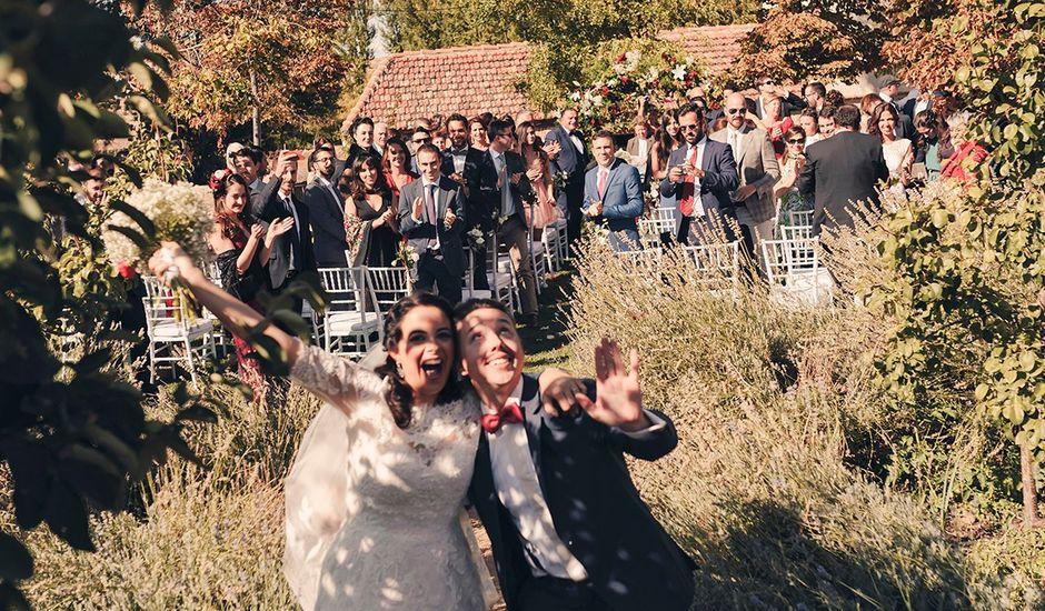 La boda de Juan Manuel  y Joëlle  en Hoyuelos, Segovia