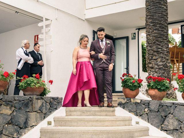 La boda de Bryan y Vienna en La Victoria De Acentejo, Santa Cruz de Tenerife 52