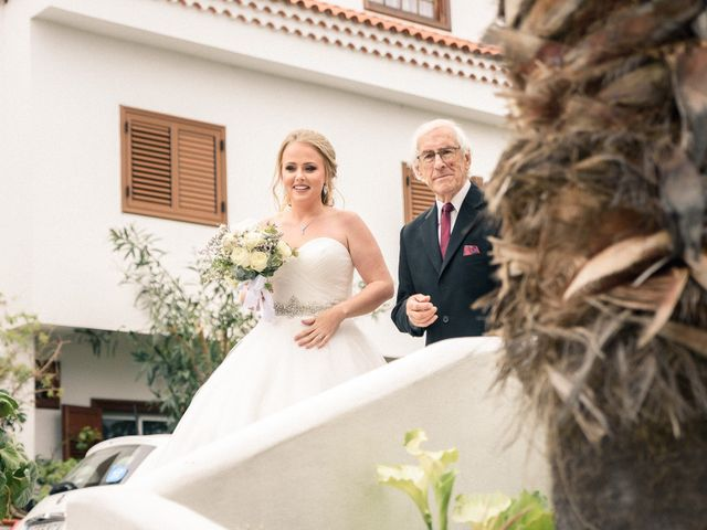 La boda de Bryan y Vienna en La Victoria De Acentejo, Santa Cruz de Tenerife 59
