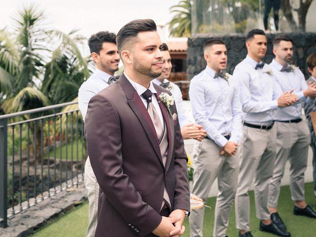 La boda de Bryan y Vienna en La Victoria De Acentejo, Santa Cruz de Tenerife 61