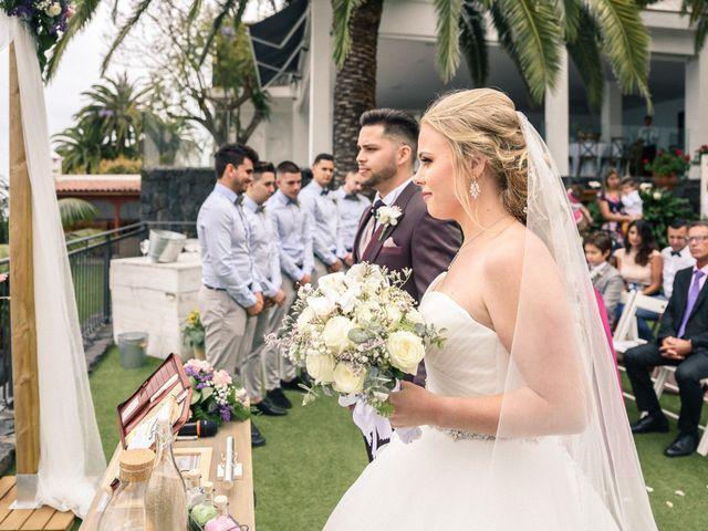 La boda de Bryan y Vienna en La Victoria De Acentejo, Santa Cruz de Tenerife 63