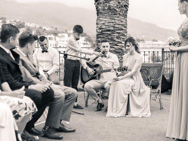 La boda de Bryan y Vienna en La Victoria De Acentejo, Santa Cruz de Tenerife 69