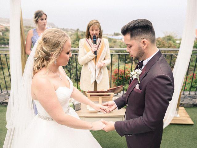 La boda de Bryan y Vienna en La Victoria De Acentejo, Santa Cruz de Tenerife 75