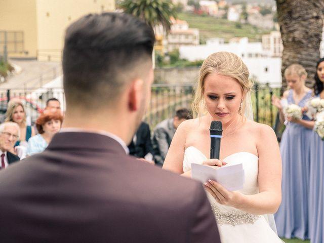 La boda de Bryan y Vienna en La Victoria De Acentejo, Santa Cruz de Tenerife 79