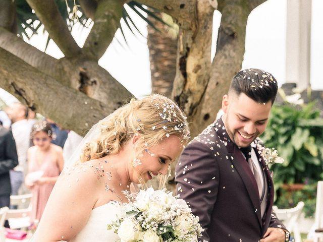 La boda de Bryan y Vienna en La Victoria De Acentejo, Santa Cruz de Tenerife 1