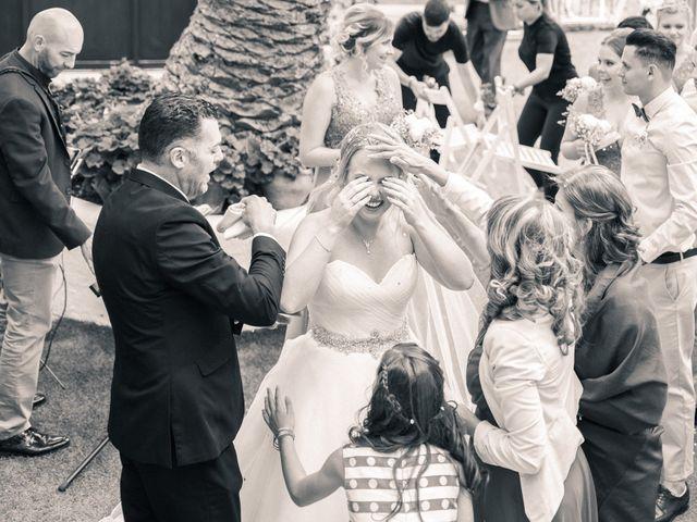 La boda de Bryan y Vienna en La Victoria De Acentejo, Santa Cruz de Tenerife 91