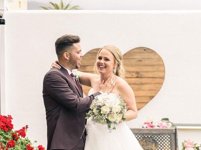 La boda de Bryan y Vienna en La Victoria De Acentejo, Santa Cruz de Tenerife 102