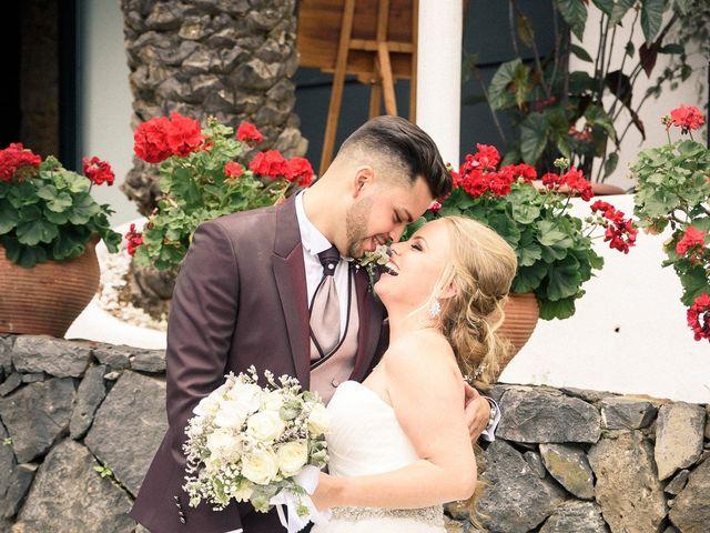 La boda de Bryan y Vienna en La Victoria De Acentejo, Santa Cruz de Tenerife 107