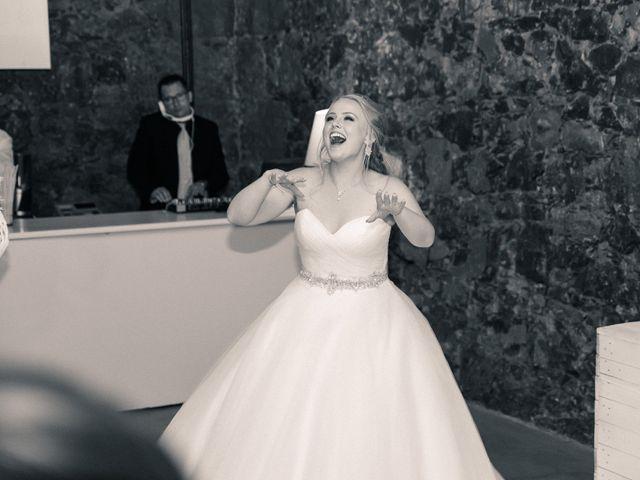 La boda de Bryan y Vienna en La Victoria De Acentejo, Santa Cruz de Tenerife 130