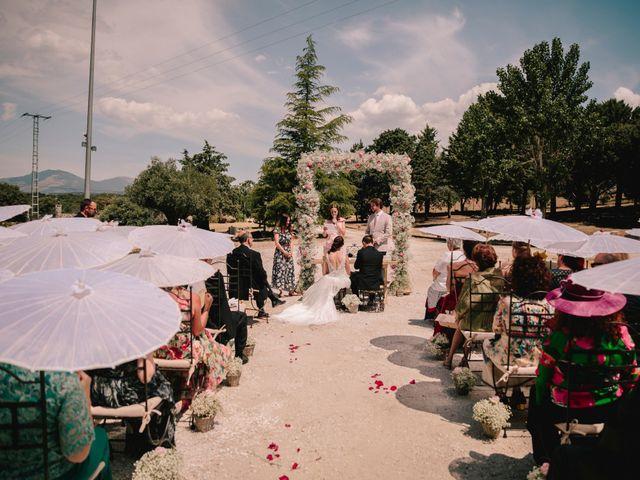 La boda de Wade y Sara en Madrid, Madrid 5