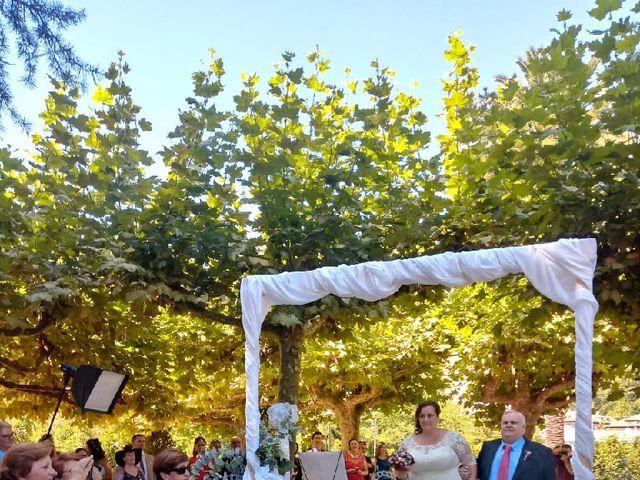 La boda de Iván  y Desirée en Puente Viesgo, Cantabria 1
